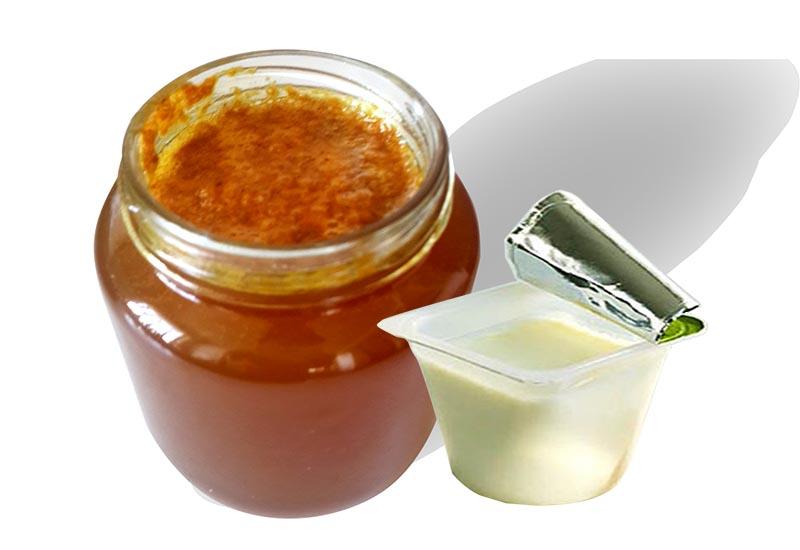 trị mụn mật ong sữa chua
